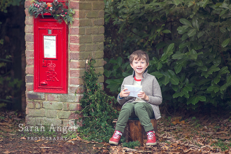 Children's outdoor photography session in Farnham, Surrey with Sydney.